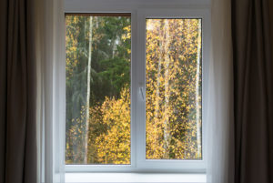It's Always a Good Time to Replace Your Windows: Find Out the Pros and Cons of Each Season