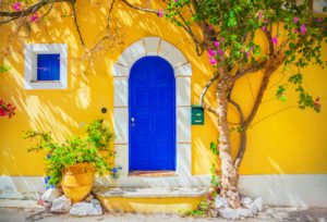 The Best Window Color for Popular House Colors