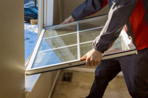 Simple Ways to Tell That It's Time to Start Thinking About Replacing Your Windows